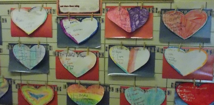 hearts art wall decoration for parent night