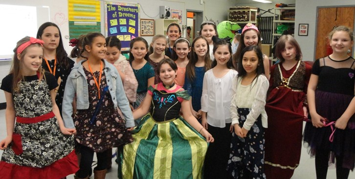 4th Grade Musical  Knight to Remember