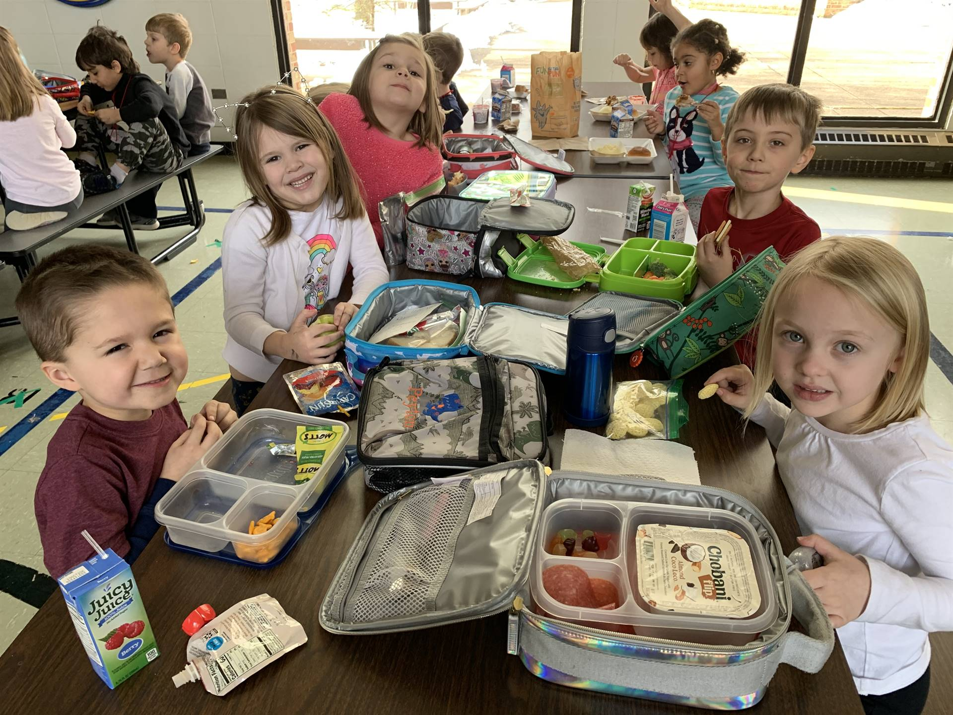 kindergarten lunch photo